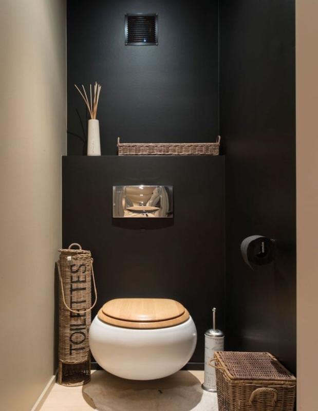 deco-wc-suspendu-original-boule-idée-decoration-design-original-e1493204760589