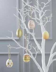 9fdc58d9bc275d1f3e12b290d63777f3--easter-bunny-easter-eggs-tree