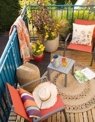 Creer-un-salon-outdoor-pour-un-petit-balcon-chaleureux