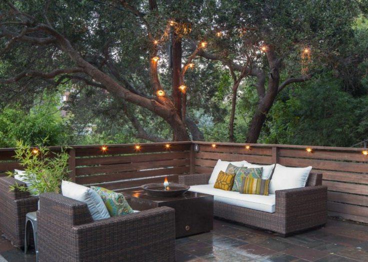 eclairage-terrasse-guirlande-lumineuse-idee-deco